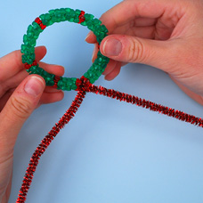 Make a christmas Wreath Ornament