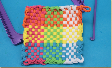 How to Use A Weaving Loom to Make a Potholder