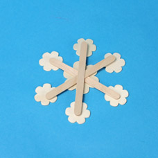 children's activities make a snowflake