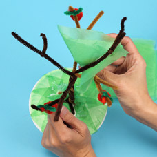 make a tree with pipe cleaners