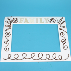 how to make a family picture frame