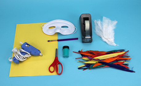 Make a tropical parrot mask with kids