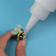 Bee with Wiggly Eyes Craft