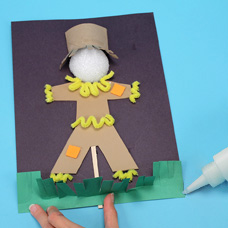Make a scarecrow craft