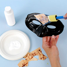Kids Craft how to make a Venetian Carnival Mask