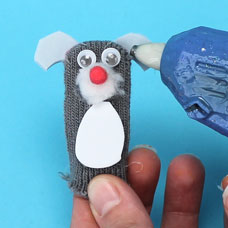 How to make a dog finger puppet