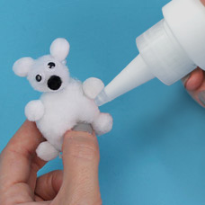 Make a Pom Polar Bear